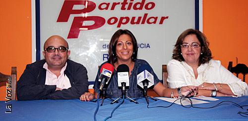 Jesús Vázquez, Mari Paz Fernández y Begoña Chacón.