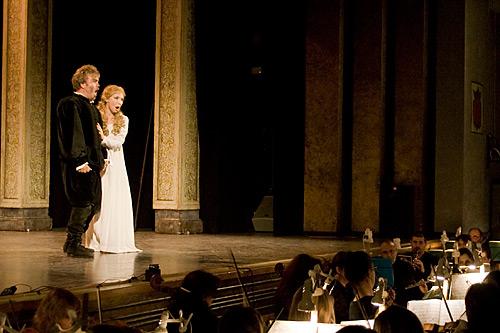 Rigoletto, con su hija Gilda.