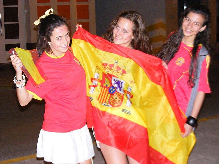 108_20100717/copa-del-mundo/futbol_campeones-del-mundo_20100629_002.jpg