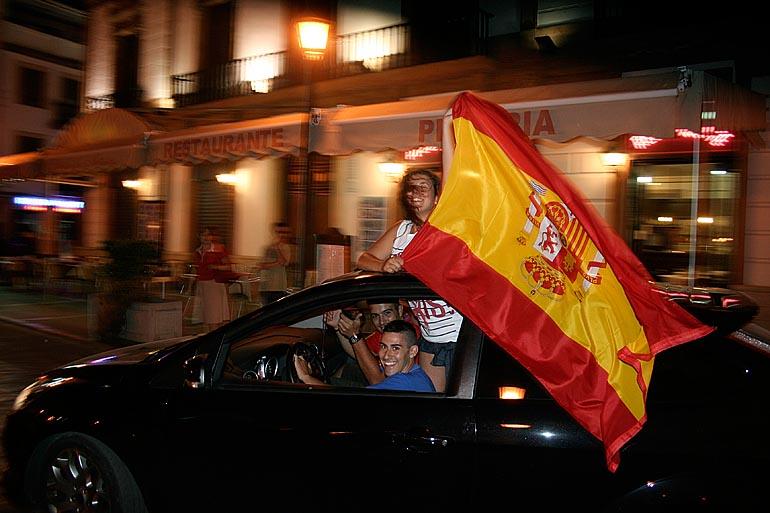 108_20100717/copa-del-mundo/futbol_campeones-del-mundo_20100629_005.jpg