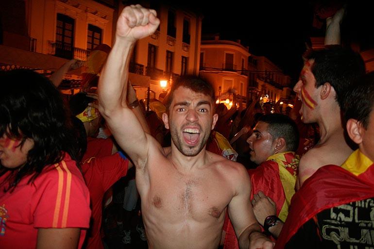 108_20100717/copa-del-mundo/futbol_campeones-del-mundo_20100711_014.jpg