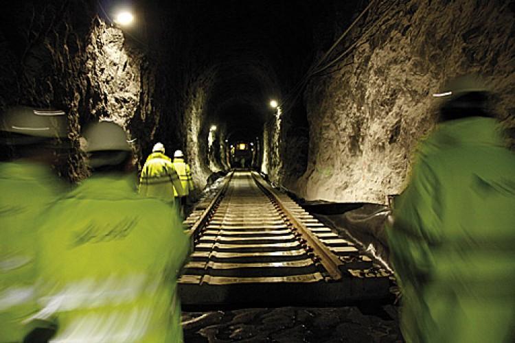 Adif licita los primeros estudios para la electrificación del la línea férrea Bobadilla-Ronda-Algeciras