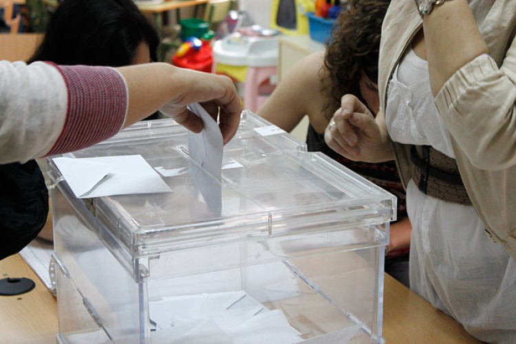 El PP volvería a ganar las elecciones municipales según refleja una encuesta encargada por APR