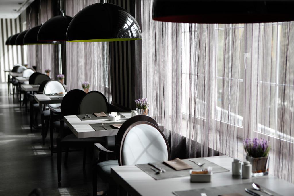 Nuevo aspecto del restaurante del hotel.