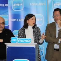 Ronda destina un millón de euros a servicios competencia de la Junta, según el PP