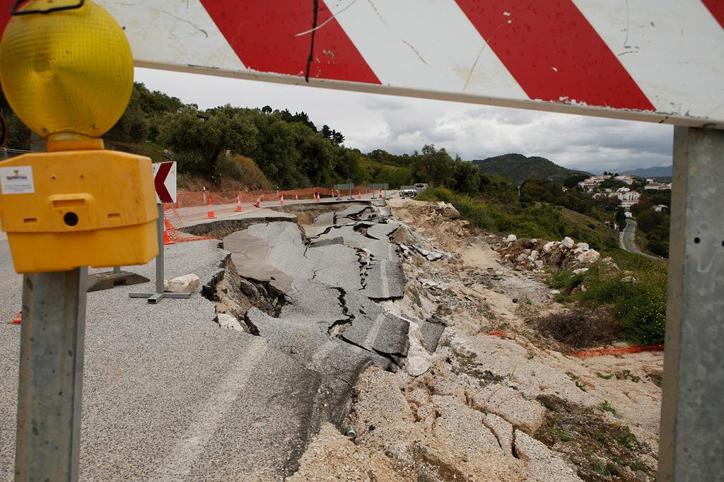 Deslizamiento junto a la localidad de Gaucín.
