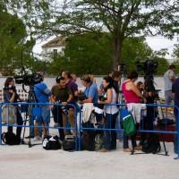 Los medios de comunicación, esperando a los invitados.