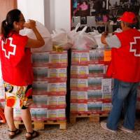 Bienestar Social y Cruz Roja repartirán productos típicos navideños a familias con menos recursos
