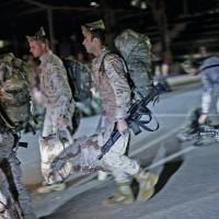 La Legión espera ya en Almería para partir hacia Irak