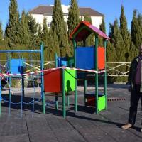 Parques y Jardines restaura el parque de la barriada Almocábar con una inversión de 11.000 euros