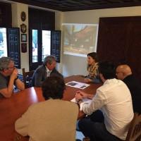 Philippe Starck presenta a Ayuntamiento y Junta su gran proyecto para Ronda