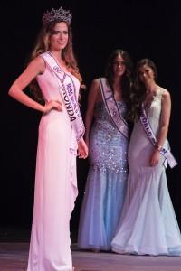 Maria Ruíz posa en la final del concurso de Málaga tras se elegida vencedora.