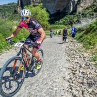 Un centenar de ciclistas participaron en la II Crono-escalada de la Hoya del Tajo