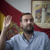 """Álvaro Carreño (IU) afirma que las familias numerosas con dos sueldos son """"acomodadas"""" y que por ello tienen que pagar más IBI"""