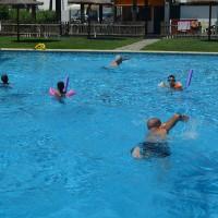 Cursos de natación gratuitos e individualizados en Parauta