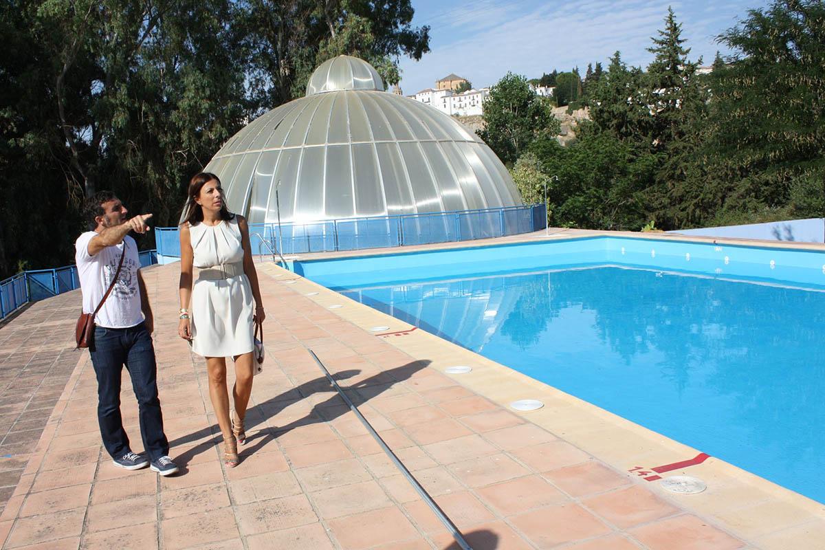Inaugurada la piscina municipal de padre jes s diario ronda for Piscina municipal alcudia
