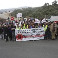 Alrededor de 200 manifestantes exigen la apertura del nuevo hospital