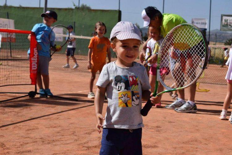 El Torneo de Tenis Morales & Arnal entra en su ecuador