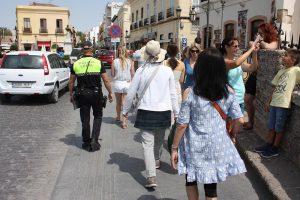 Las patrullas recorren las zonas más visitadas de Ronda.