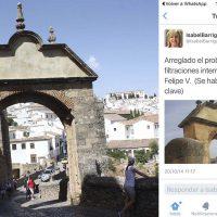 Barriga dio la orden de enlucir con cemento el Arco de Felipe V