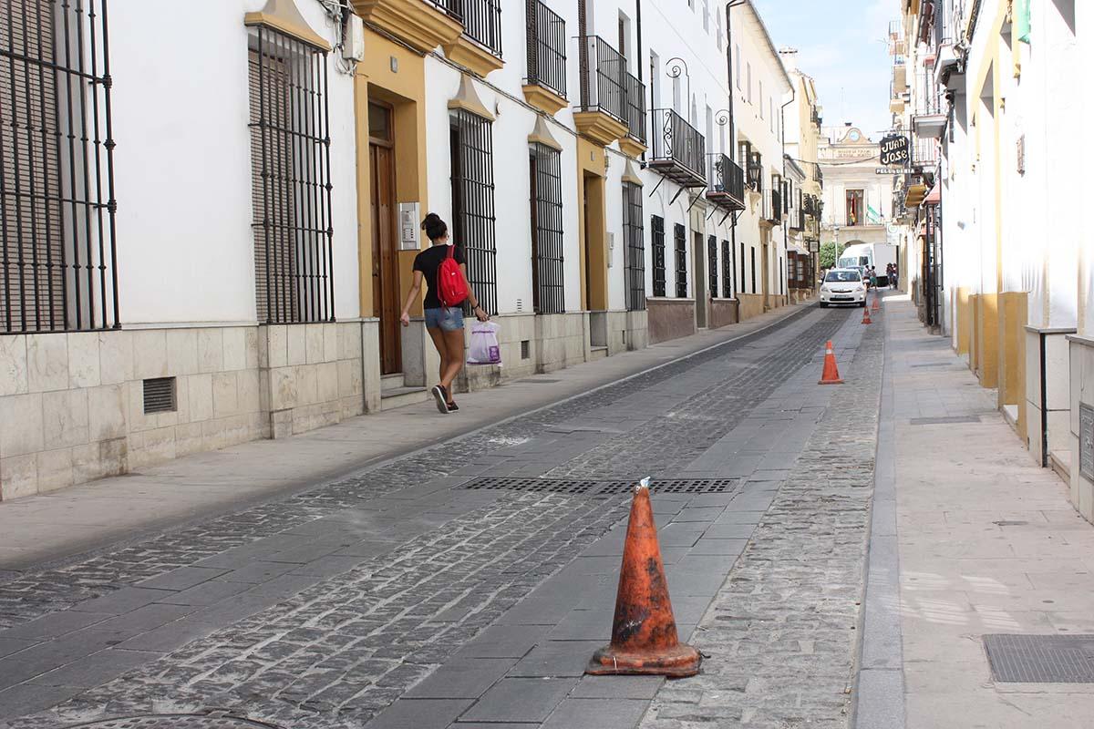 El ayuntamiento sustituir parcialmente el deteriorado - El escondite calle villanueva ...