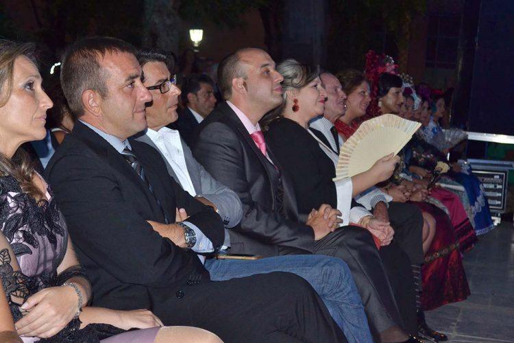 El equipo de Gobierno Tripartito se gastó 6.655 euros en copas y canapés tras el Pregón de Feria