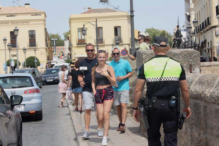 El sindicato UPLB de la Policía Local reclama un dispositivo especial para acabar con los carteristas que roban a los turistas