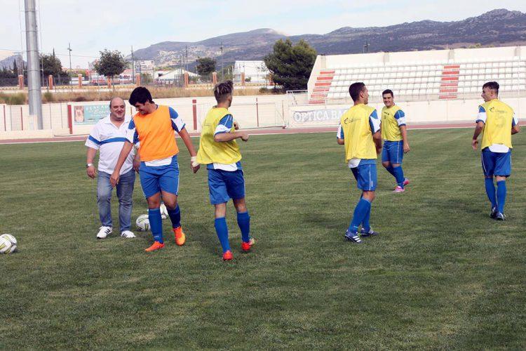 El CD Ronda acudirá a Torreperogil con diez jugadores del primer equipo y con juveniles