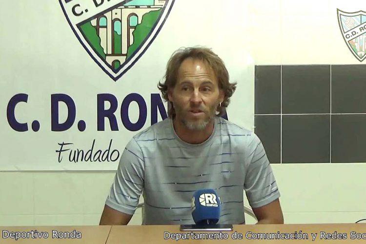 El CD Ronda se retira de la liga tras la dimisión de su entrenador, Alonso Jiménez 'Pato'