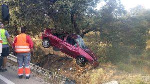 El vehículo ha sufrido importantes daños.