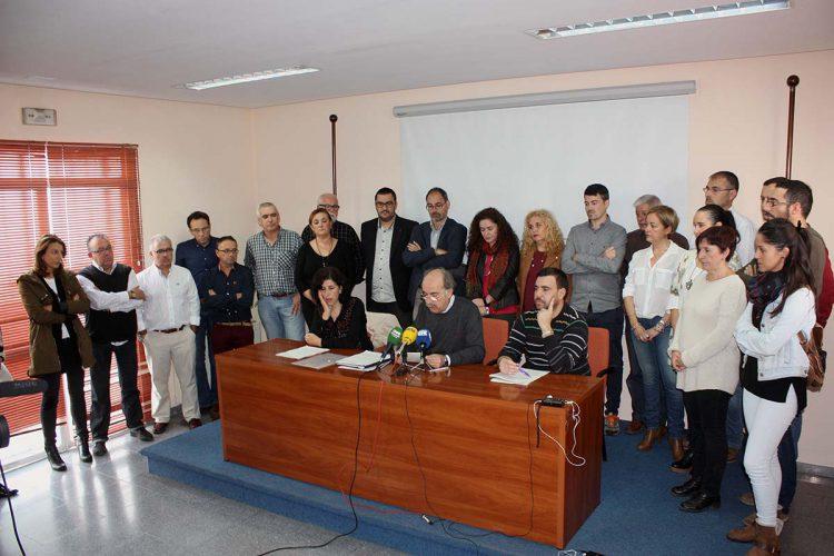 Alcaldes, concejales y cargos de PP, IU y Podemos apoyan a la Plataforma para que el nuevo hospital abra lo antes posible y con todos los servicios