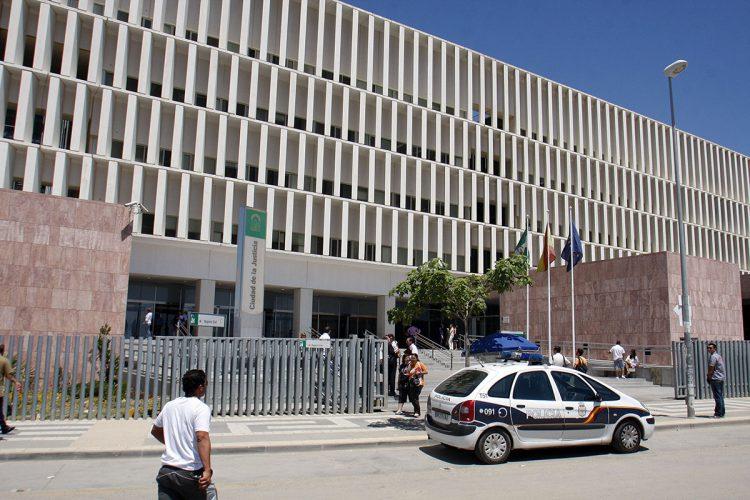 Condena al SAS a indeminzar con 6.000€ al estar seis años  sin recibir un tratamiento para la vista