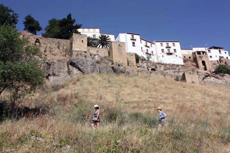 El Ayuntamiento solicita una subvención al Ministerio de Fomento para actuar en las Murallas de Ronda