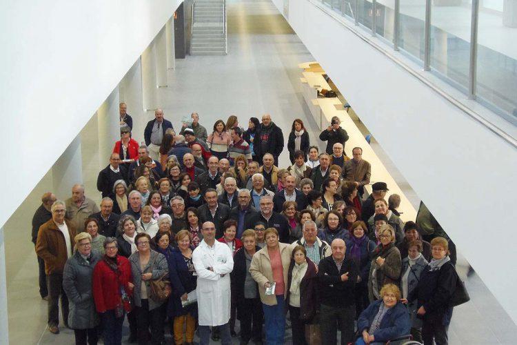 Profesionales de Atención Primaria y sanitarios jubilados visitan las instalaciones del nuevo Hospital de la Serranía de Ronda