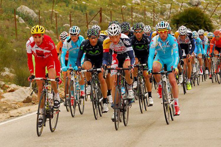 El Ayuntamiento establece un dispositivo especial con motivo del paso de la Vuelta Ciclista a Andalucía