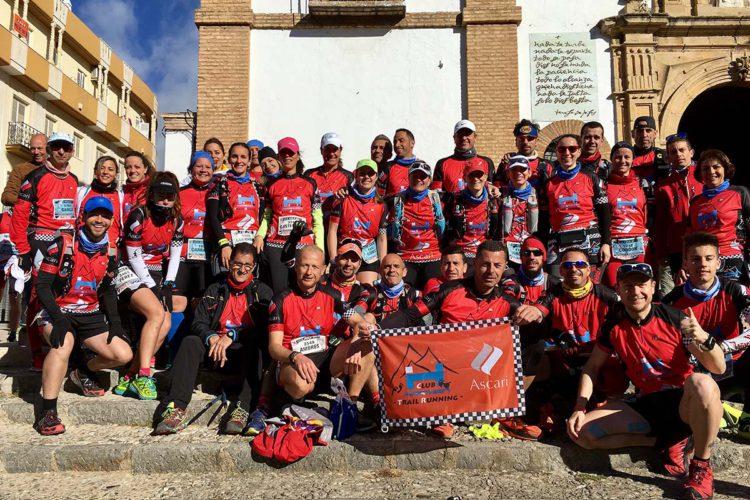 Los corredores del Club Ascari-Harman Trail Running lograron unos magníficos resultados en la HOLE