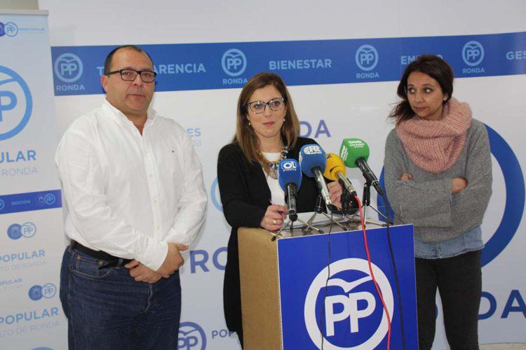 El PP exige al Tripartito que devuelva los ordenadores que se ha llevado de la Biblioteca Comarcal