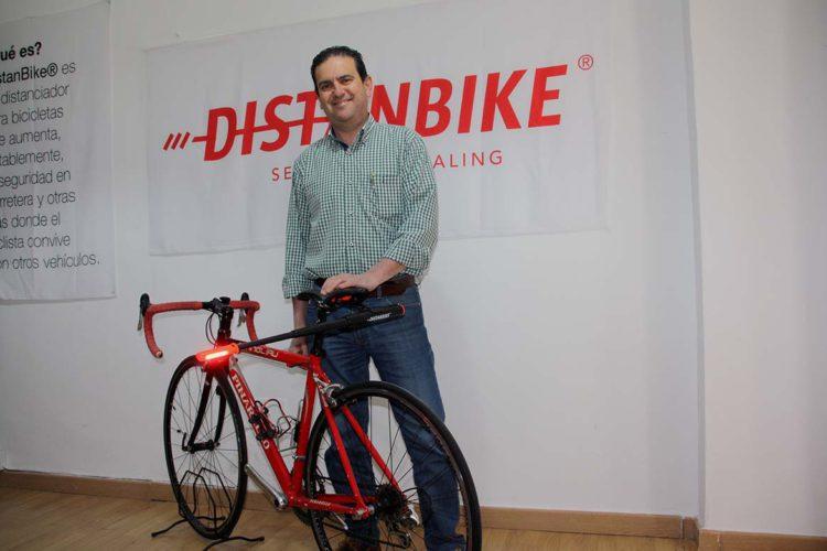 El 'Distanbike', seguridad para millones de ciclistas de todo el mundo 'made in Ronda'