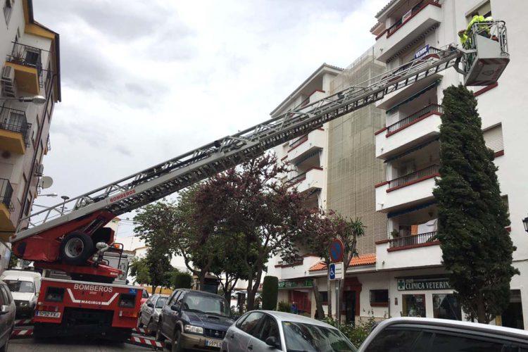 Los bomberos realizan 30 salidas en dos días por las incidencias causadas por el temporal de viento