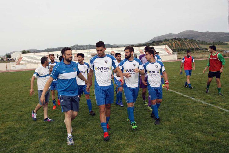El CD Ronda pierde la categoría pese al gran esfuerzo realizado tras caer por 4 a 1 en Almería