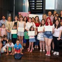 La alumna Claudia Cañestro, del colegio Virgen de la Cabeza, gana el Concurso Provincial de Microrrelatos Educativos