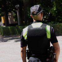Paqui González (IU) se ve forzada a comprar chalecos antibalas tras las protestas de los policías locales
