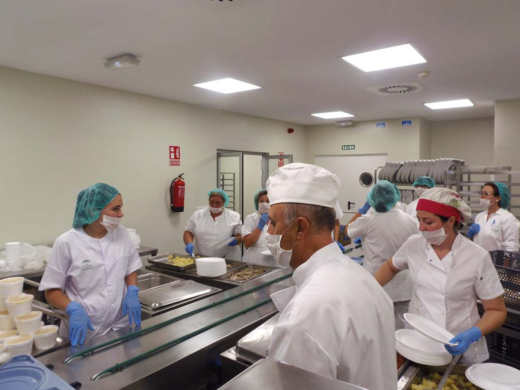 Empieza a funcionar la cocina en el nuevo hospital cuatro meses y medio despu s de su - Grado medio cocina y gastronomia ...