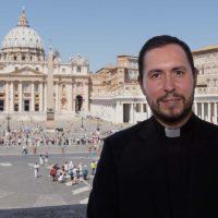 El sacerdote rondeño Salvador Aguilera oficiará una de las misas del Rocío Chico