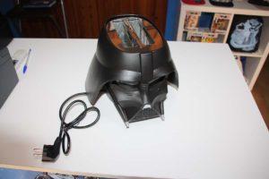 La máscara-tostadora de Darth Vader.