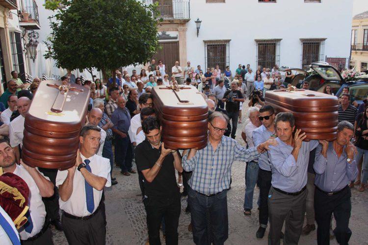 Ronda da su adiós a Josefa, a Nieves y a Vicente