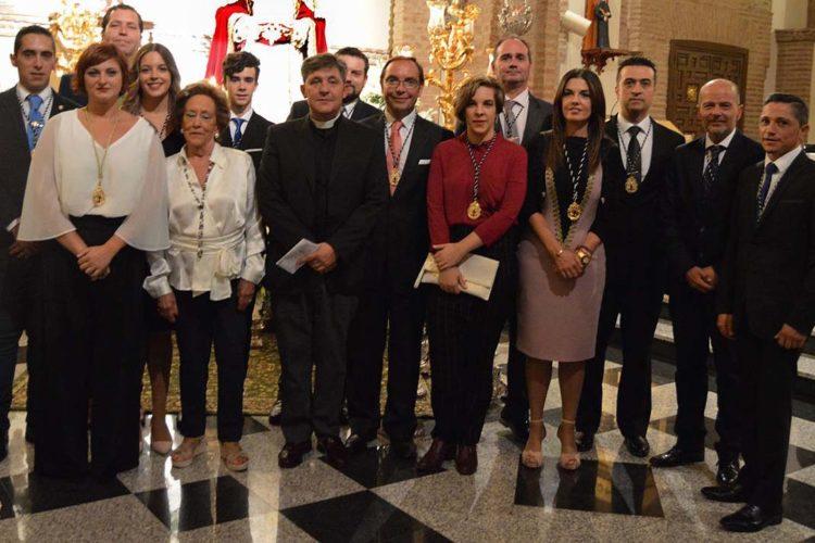 La nueva hermana mayor y la Junta de Gobierno de la Hermandad de la Soledad juran sus cargos