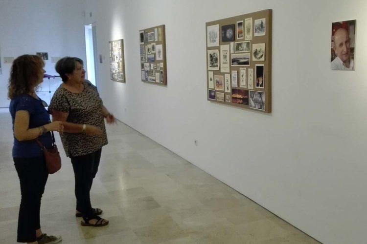 Cuevas del Becerro celebra la fiesta de su Patrón, San Antonio Abad, con una exposición del profesor Paco Marín