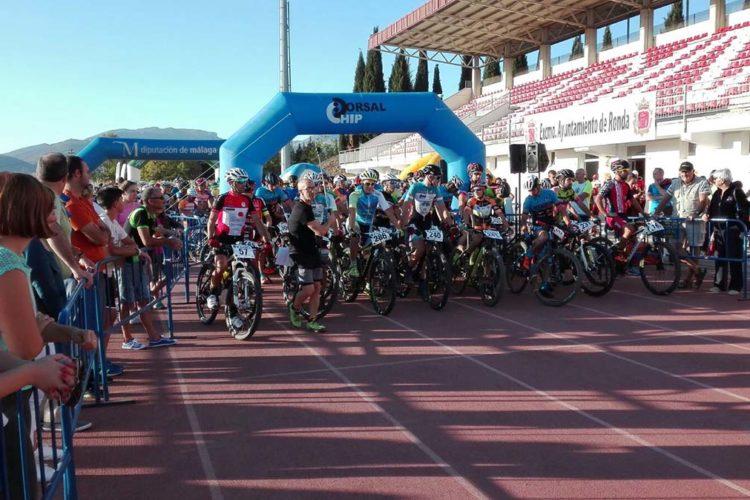 Más de 700 deportistas participan en la VI edición de la prueba de Homenaje a la Guardia Civil