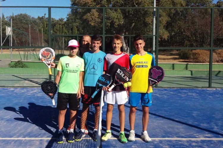 Cinco jugadores del Club de Pádel La Planilla participarán en el Campeonato Mundial de Menores que se celebra en Málaga